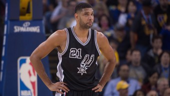 April 7, 2016; Oakland, CA, USA; San Antonio Spurs center Tim Duncan (21) during the first quarter against the Golden State Warriors at Oracle Arena. The Warriors defeated the Spurs 112-101. Mandatory Credit: Kyle Terada-USA TODAY Sports